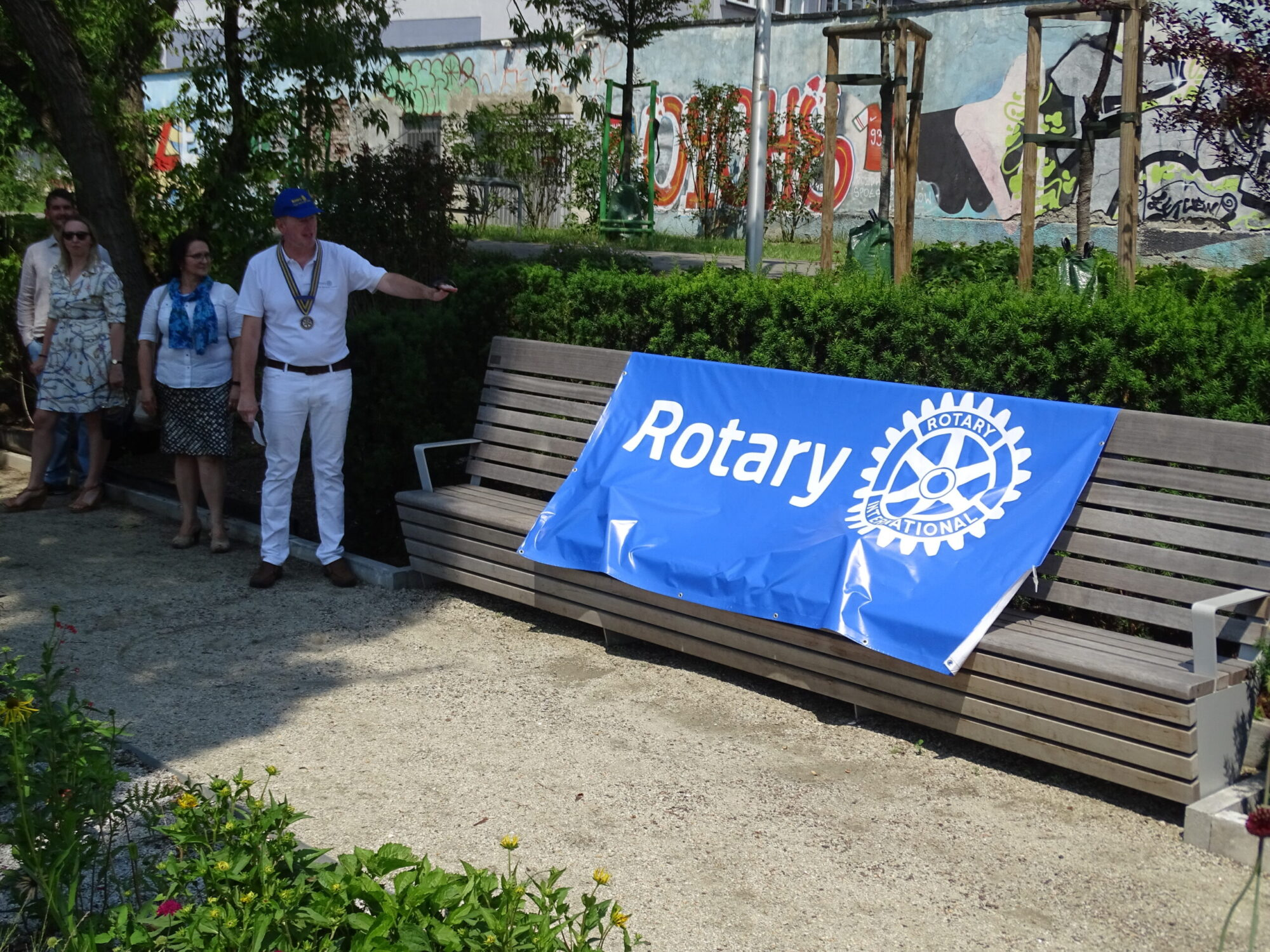 Rotarian Community Donation in the German-Polish Gardens in Warsaw